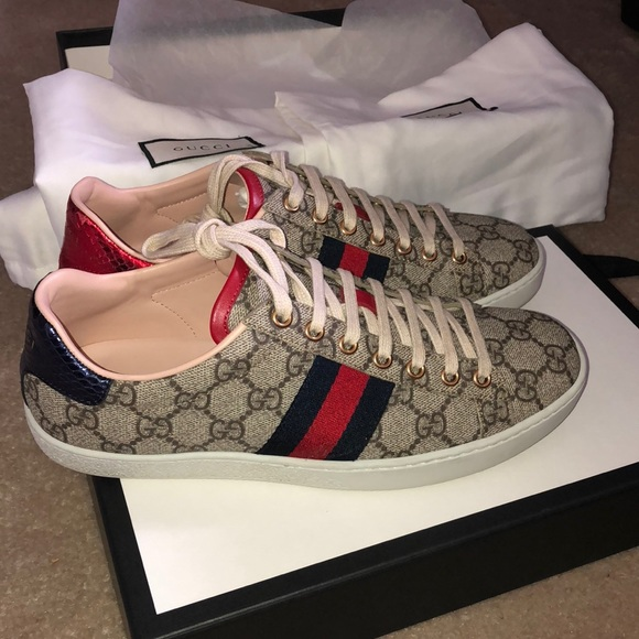4475e3a12f4 Gucci Shoes - Gucci GS Unisex shoe size 6 in men and woman